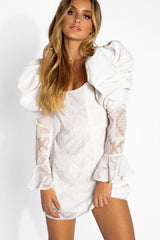 Fashion White Lace Puffy Ruffle Shoulder Dress with Bell Sleeve