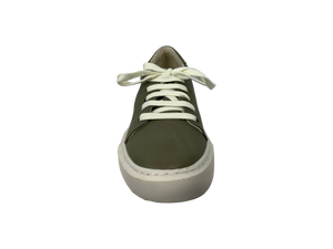 Bueno Sage Leather Sneaker - Chic Thrills