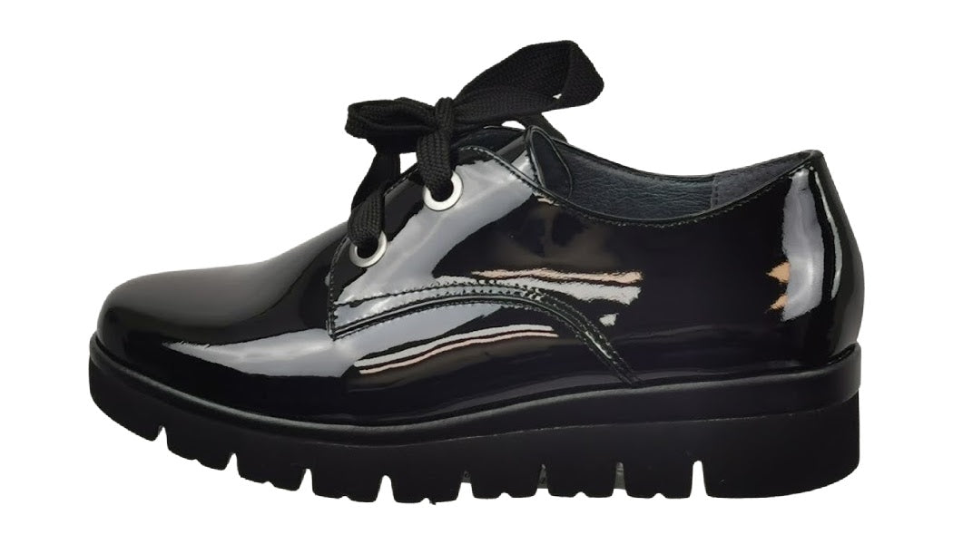 Gabor Black Patent Shoe - Chic Thrills Boutique