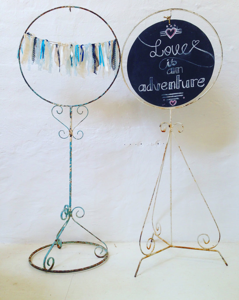 Sign - Birdcage Stand with Chalkboard
