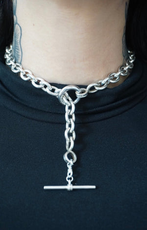 5th Ave Toggle Necklace
