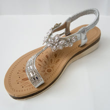 Load image into Gallery viewer, Floral Crystal Embellished Toe Ring Slingback Sandals in Silver