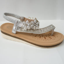 Load image into Gallery viewer, Floral Crystal Toe Ring Slingback Sandals (BLACK/SILVER/ROSE GOLD)