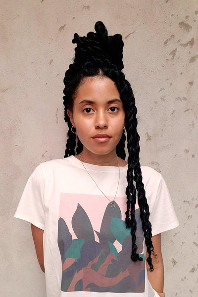 The Braids Tee: Artist, Michelle R. D'Urbano Illustrates The Feelings Of Tenderness & Care Within Sisterhood