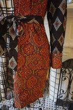 Load image into Gallery viewer, Blockprint Mix Button-Up Tunic Ajrakh Art Deco