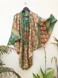 reSaree Shrug - Baroque Floral