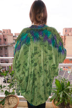 Load image into Gallery viewer, reSaree Shrug - Seafoam in Silk
