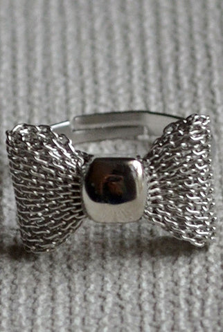 Bow Ring Silver