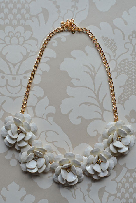 Spring Blossom Necklace White