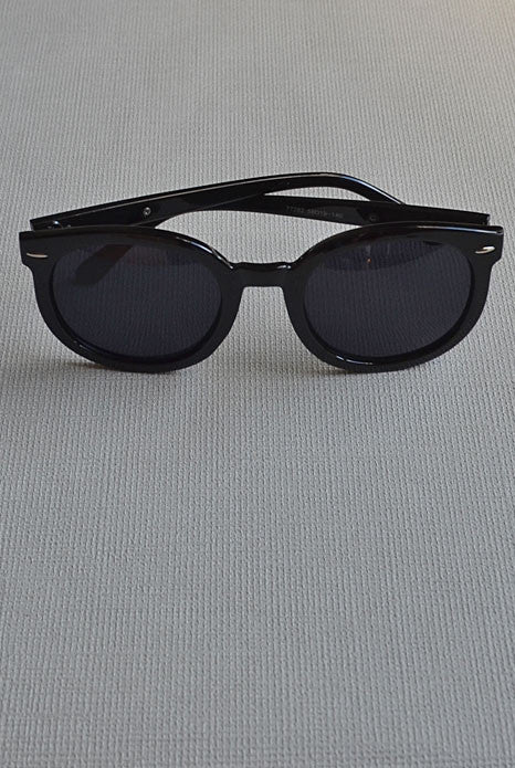 Karen Sunglasses Black