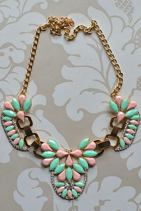 Bella Donna Necklace Pastel