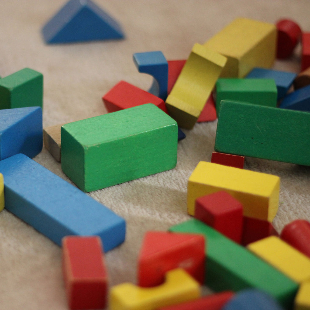 Lesson plan: Learning math in action - Sorting by shape and color