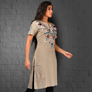Ishana Embroidered Kurta
