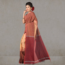 Load image into Gallery viewer, Hena  Handloom Saree