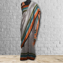 Load image into Gallery viewer, Champakali Tasar Printed Saree