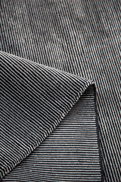 PLATEAU STRIPE CHARCOAL