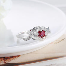 Load image into Gallery viewer, Silver Plating Red Swarovski Looped Design Ring