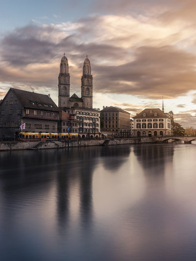 Grossmünster Sunset - Fine Art Print manumo-photography.