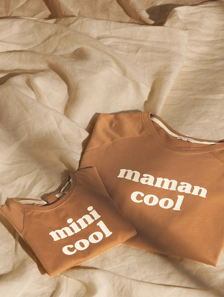 Le duo de t-shirts Maman cool / Mini cool - noisette