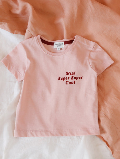 Le t-shirt Mini super super cool en coton bio - rose