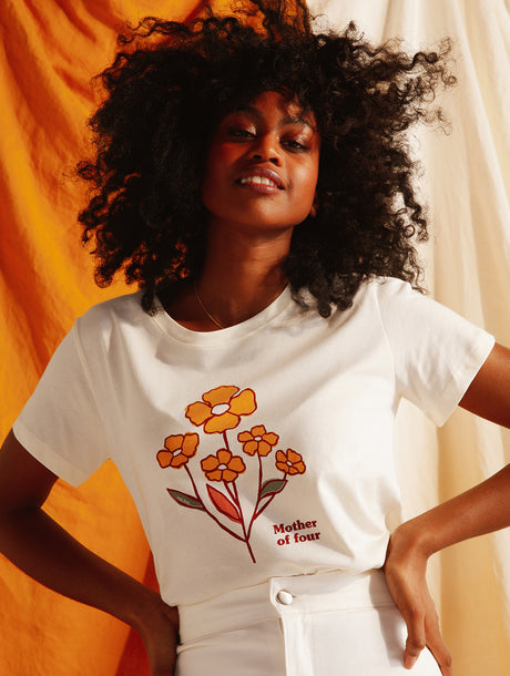 Le t-shirt Mother of four en coton bio - ivoire