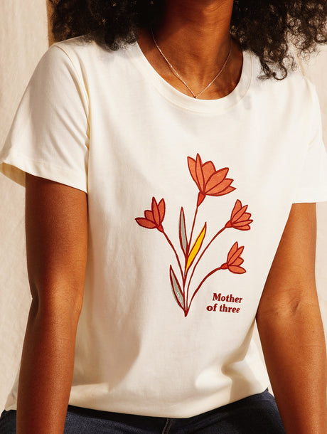 Le t-shirt Mother of three en coton bio - ivoire