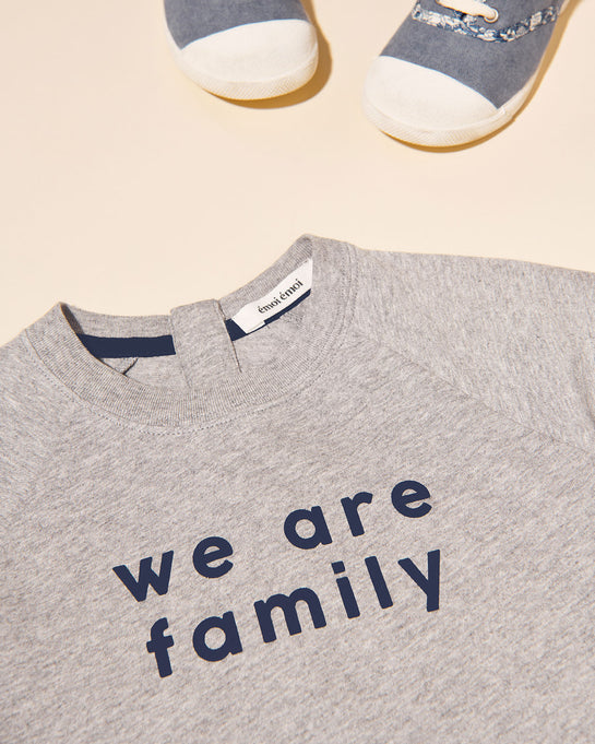Le t-shirt We are family enfant en coton bio - gris chiné