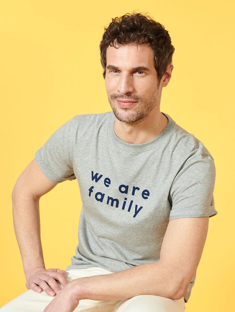 Le t-shirt We are family homme en coton bio - gris chiné