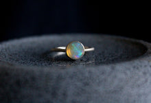 Load image into Gallery viewer, Blue Round Opal Ring