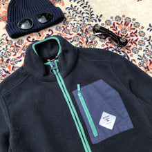Load image into Gallery viewer, Barbour Beacon Fleece