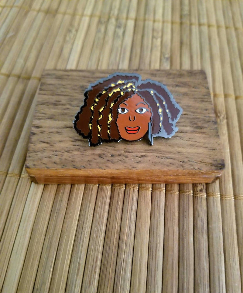 Naturally ME 1 © Lapel Pin