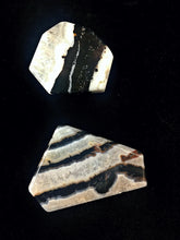 Load image into Gallery viewer, Crystal Magick - Sardonyx Jasper