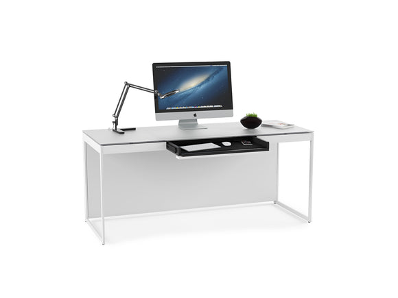 DESK w/KEYBOARD, WHITE
