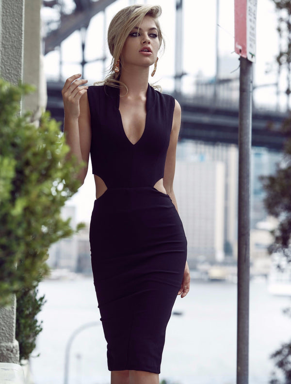 Duke n Co Dress, front view of the Audrey Dress in black.