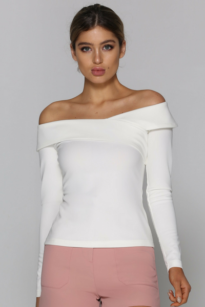 Bad AF Fashion top, front view of long sleeve off the shoulder Avia top.