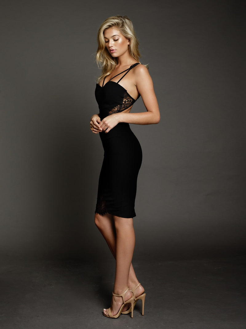 Duke n Co dress, side view of the Isabella Dress in black.