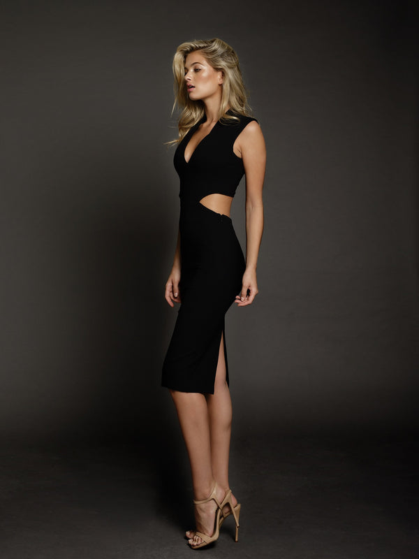 Duke n Co Dress, side view of the Audrey Dress in black.