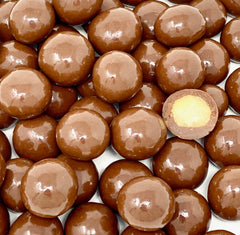 Chocolate Macadamia Nuts 8 oz. Bag
