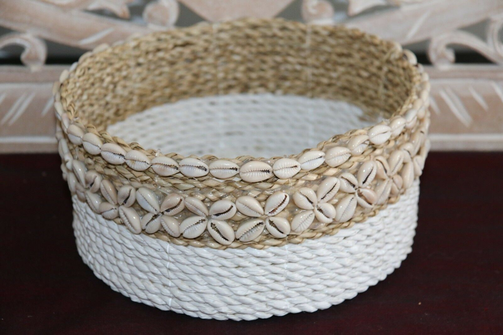 3 Sizes Available NEW Balinese BOHO Hand Crafted Seagrass Basket w//Shell Trim