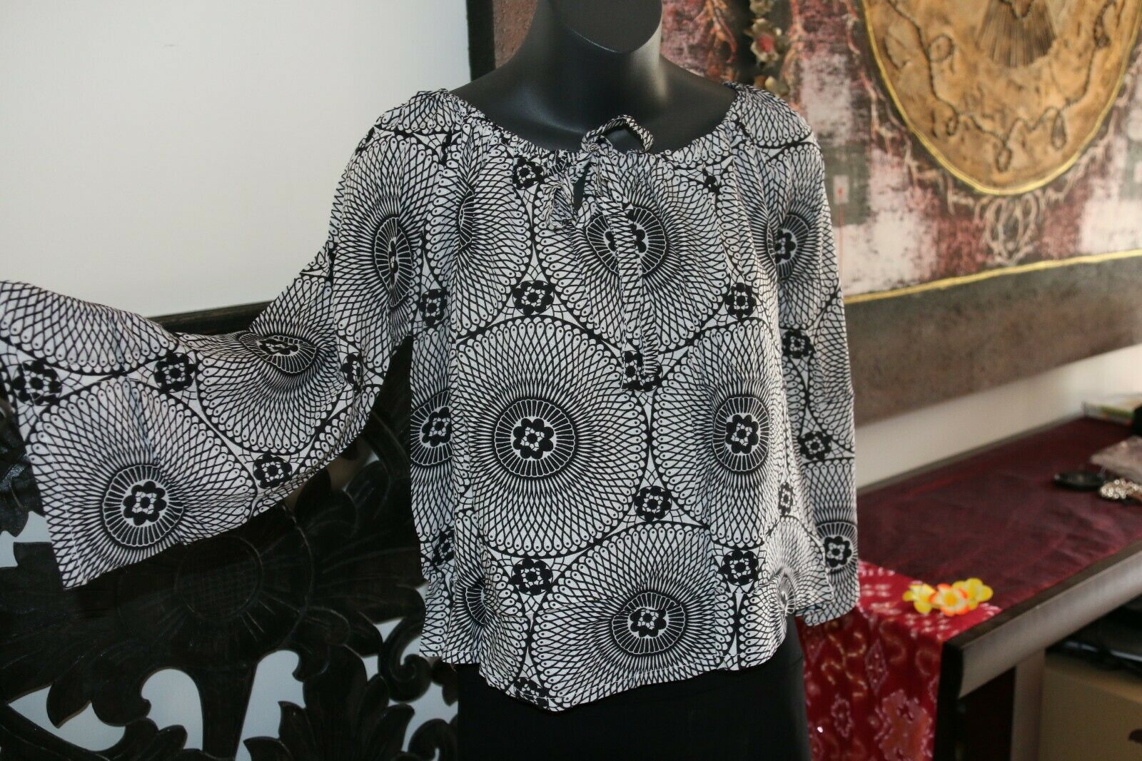 Beautiful 3/4 Sleeve Top - 2 COLOURS AVAIL One Size - Balinese Clothing