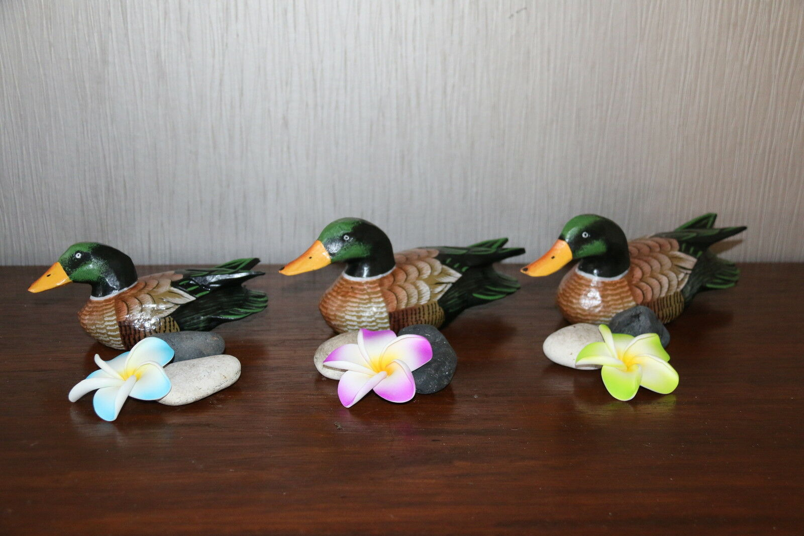Brand New Bali Hand Carved Set 3 Wood Ducks - Balinese Ducks Set 3