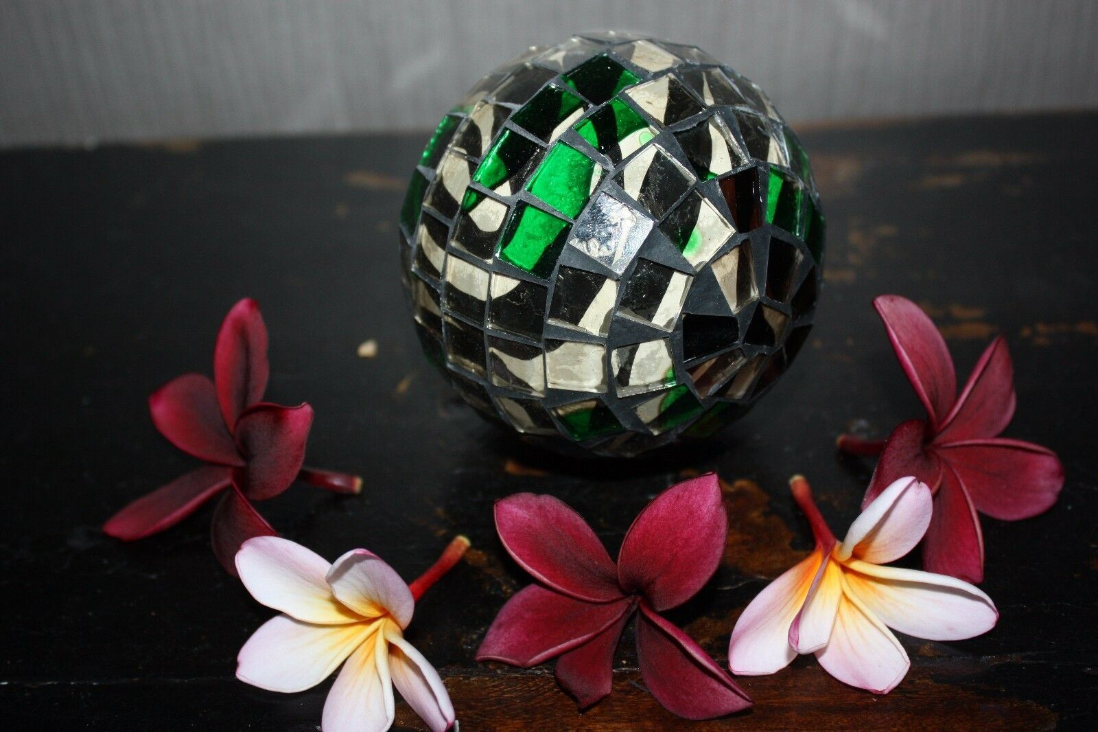 NEW Hand Crafted Balinese Mosaic Decor Ball - MANY COLOURS - Bali Homewares