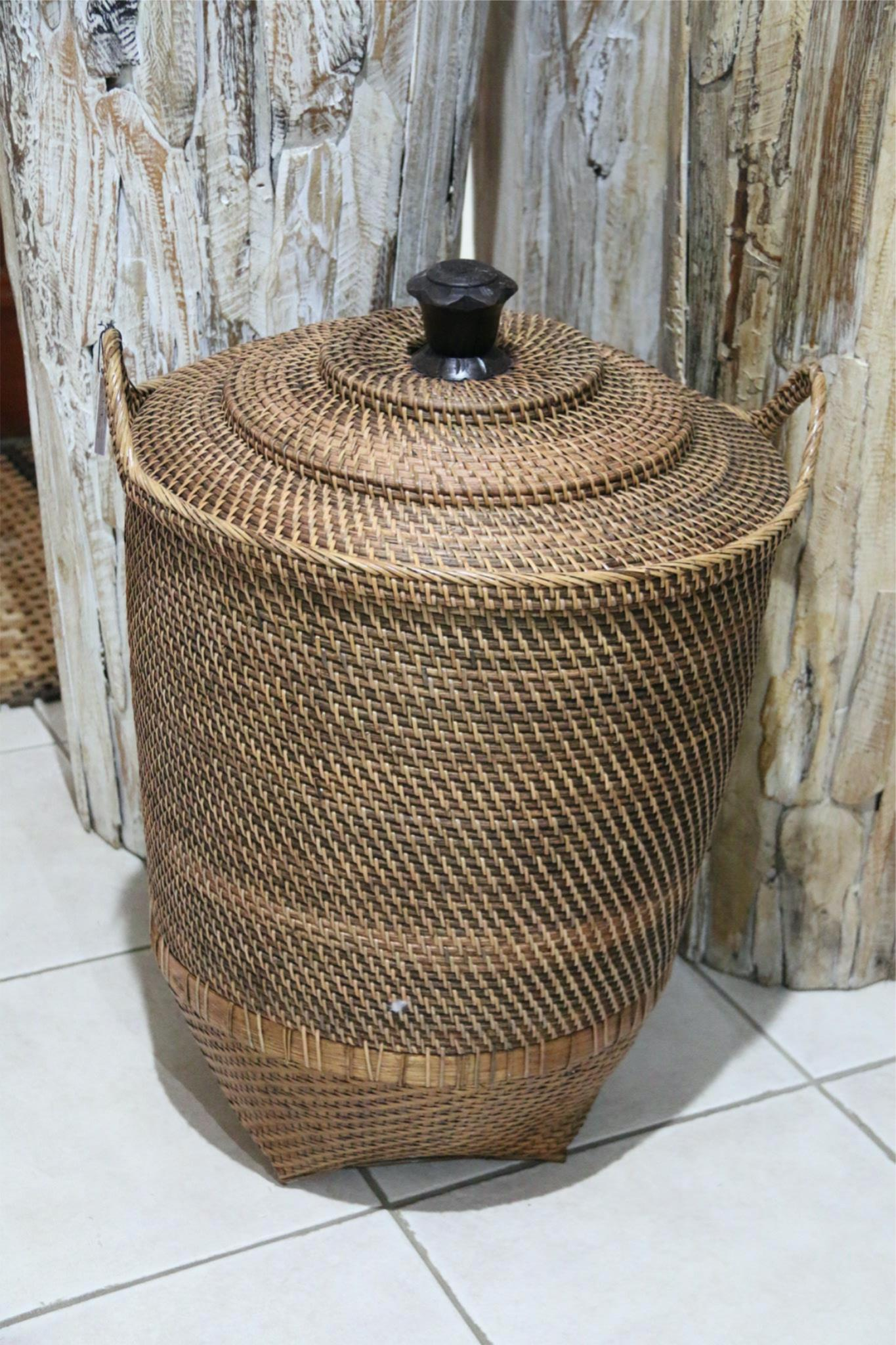 NEW Balinese Hand Woven Rattan Laundry Basket / Bali Rattan Basket with Lid