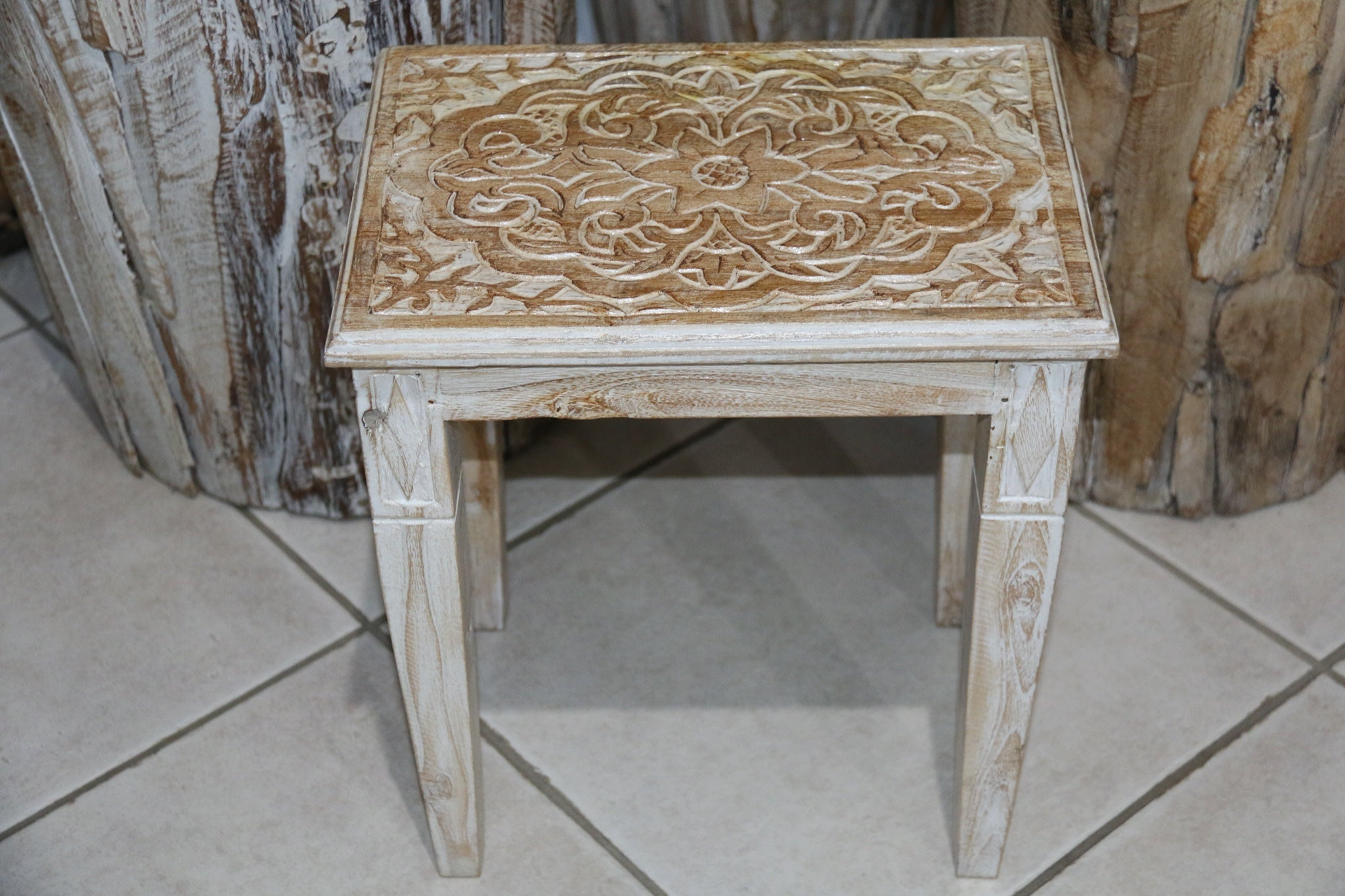 NEW Beautifully Hand Carved and Crafted TEAK Wood Set 3 Side Tables