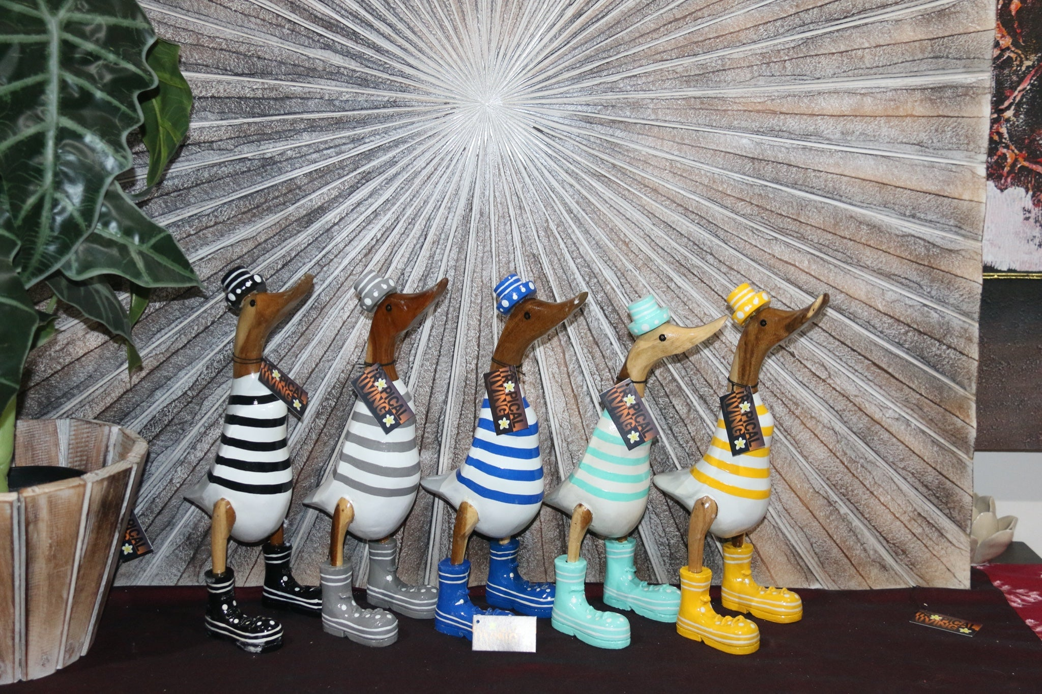NEW Balinese Hand Crafted Wooden Rice Paddy Duck with Hat & Shoes!! 5 Colours!!