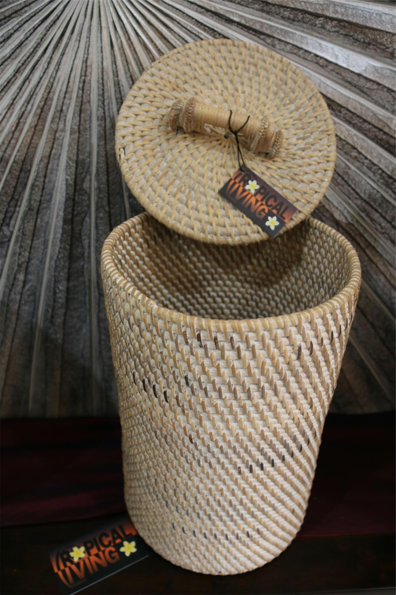 NEW BALINESE WOVEN RATTAN BASKET WITH LID - CHOOSE FROM 2 COLOURS