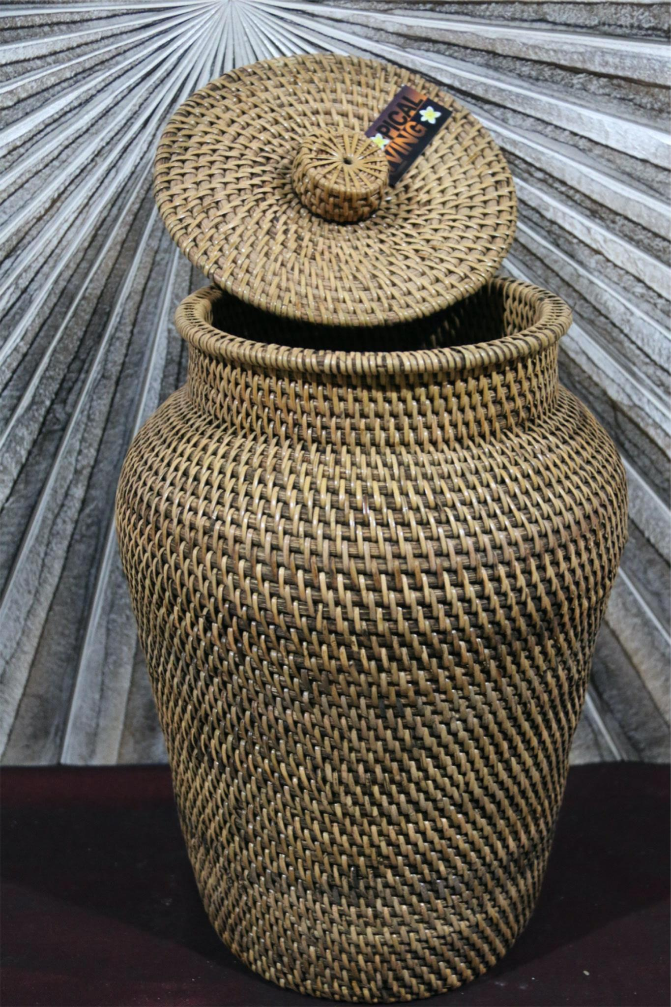 NEW BALINESE WOVEN RATTAN VASE / BASKET WITH LID  S - CHOOSE FROM 2 COLOURS