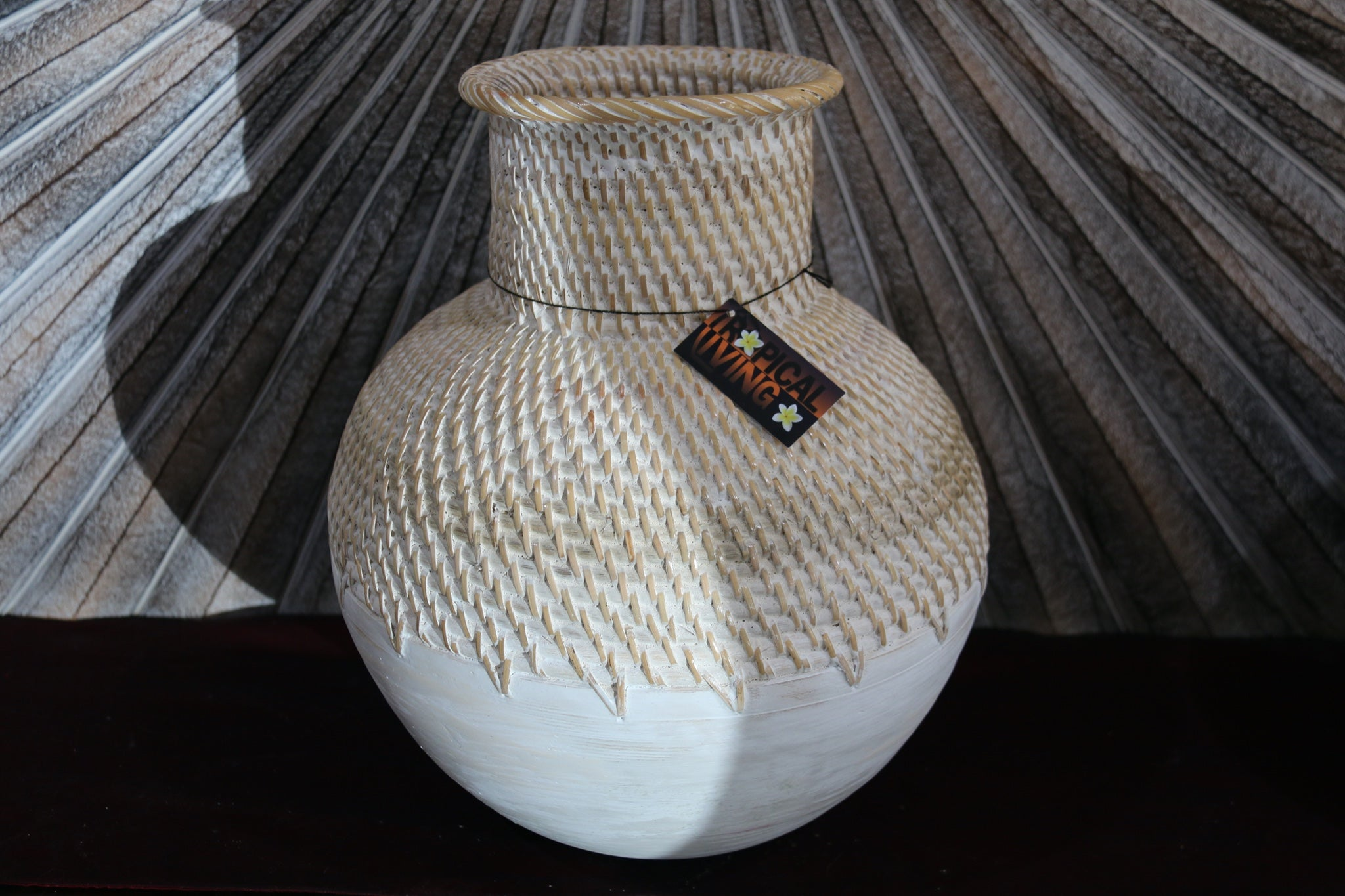 NEW BALINESE HAND CRAFTED WOOD/RATTAN COMBO BALL VASE - GORGEOUS!!