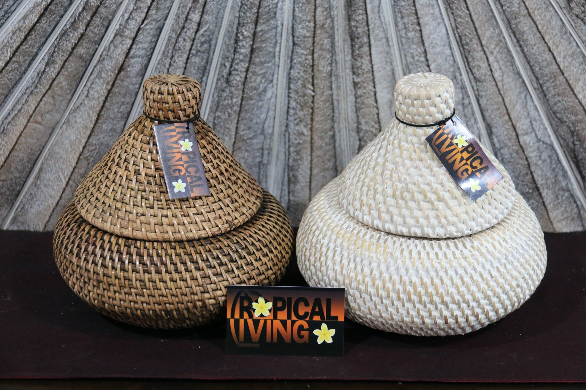 NEW BALINESE HAND WOVEN RATTAN BASKET WITH LID