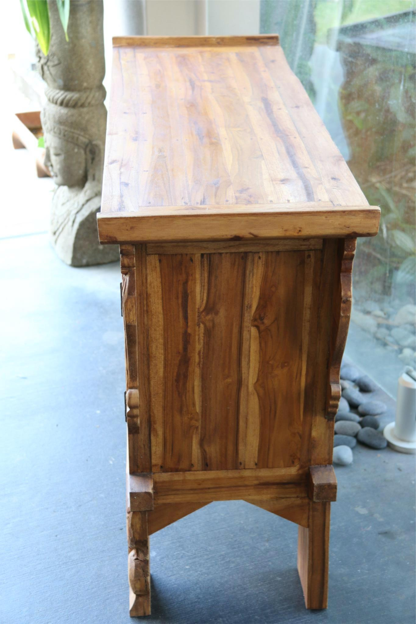 NEW BEAUTIFULLY HAND CARVED & CRAFTED TEAK WOOD BALINESE CABINET / VANITY